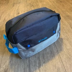 Columbia toiletry bag Dopp kit outdoor travel kit